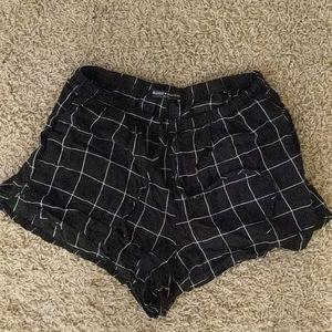 BRANDY MELVILLE black pattern shorts